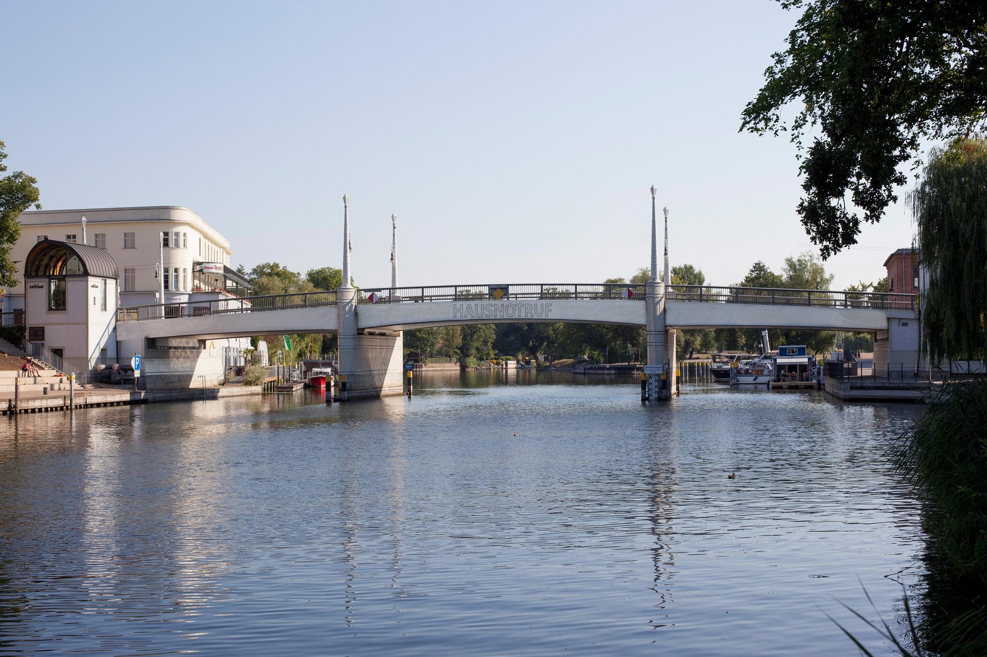 Brandenburg Jahrtausendbrücke_Hausnotruf